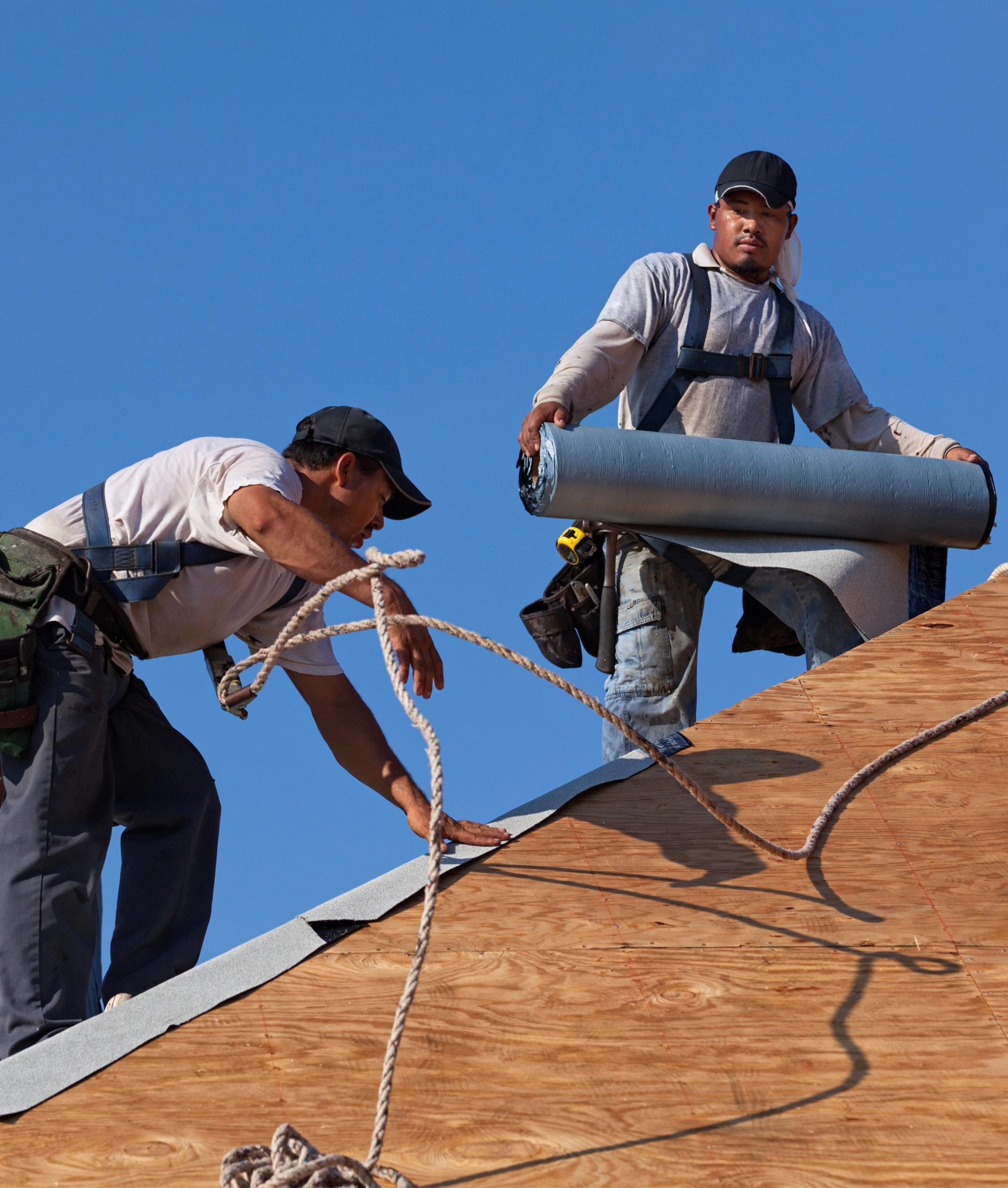 des moines area roofing installation